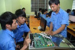 Hơn 2.000 học sinh Cà Mau bỏ học sau tốt nghiệp THCS