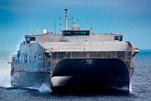 Tàu hậu cần siêu tốc của Mỹ vào biển Đen khiến Nga phải theo sát