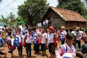 Bình Tây trao gửi trung thu tới các nhà văn hóa cộng đồng tỉnh Đắk lắk