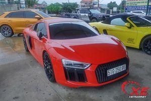 Ngắm đoàn siêu xe trăm tỷ đổ về cửa khẩu Mộc Bài