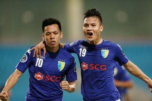 Quang Hải, Văn Quyết và HLV Chu Đình Nghiêm càn quét giải thưởng tháng 8 V.League 2019