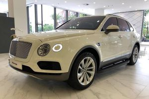 Bentley Bentayga 'thay tim', phiên bản động cơ cũ trở nên 'hiếm'