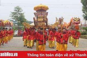 Gần 150 người dân địa phương tham gia biểu diễn trong Lễ dâng hương Trung Túc Vương Lê Lai