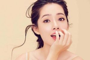Ngây ngất với vẻ đẹp của con dâu 'Trùm showbiz' Hong Kong