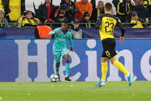 Reus đá hỏng phạt đền, Barcelona may mắn hòa Dortmund