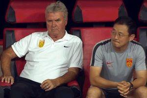 Trung Quốc âm thầm sa thải HLV Guus Hiddink sau trận thua U22 Việt Nam