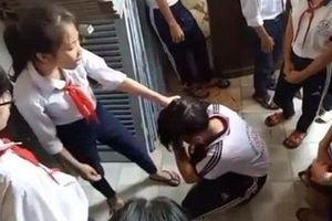 Học sinh ngoan, giỏi, đứng đầu lớp là thế lực bắt nạt mới ở trường?