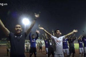 CLB Hà Nội ăn mừng chức vô địch sớm trên sân Vinh