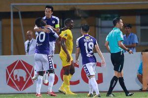 Trực tiếp V-League 2019: Hà Nội đăng quang sớm?
