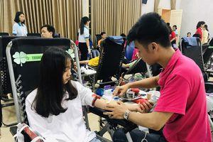 Phát động hiến máu tình nguyện trong khối trường học của Thủ đô