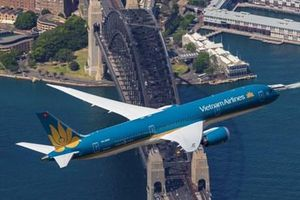 Máy bay Boeing 787 Vietnam Airlines suýt hạ cánh mà chưa bung càng?