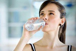 Uống bao nhiêu nước mỗi ngày là đủ?