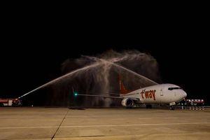 Tàu bay Hàn Quốc hạ cánh khẩn nguy xuống Tân Sơn Nhất sau tiếng động lớn