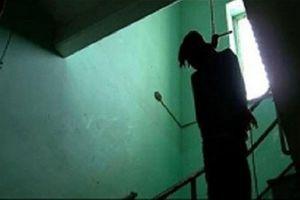 Hà Nội: Phát hiện người đàn ông treo cổ trước phòng trọ