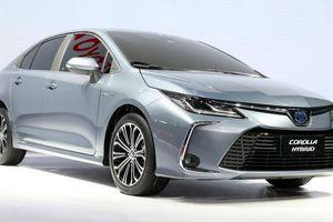 Cận cảnh Toyota Corolla Altis vừa ra mắt tại Thái Lan