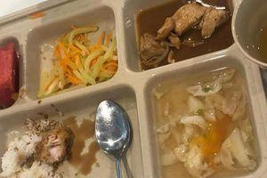 Trường quốc tế Việt Úc ở Sài Gòn bị phụ huynh tố cắt xén khẩu phần ăn học sinh