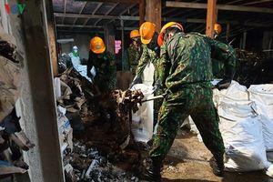 Đã thu gom được hơn 24.000 kg phế thải nhiễm độc tại Công ty Rạng Đông