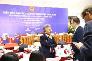 Việt Nam làm thế nào để thoát bẫy thu nhập trung bình?