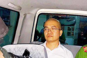Nhân viên Alibaba vẫn lôi kéo khách hàng