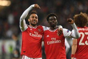 Thắng đậm Frankfurt, HLV Emery ca ngợi 2 sao trẻ Arsenal