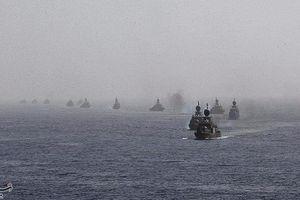 200 tàu chiến Iran diễu hành trên Vịnh Ba Tư giữa căng thẳng với Mỹ