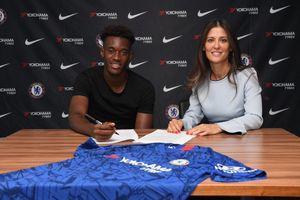 Chelsea trao hợp đồng lương cao khó tin cho cầu thủ 18 tuổi
