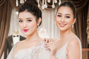Á hậu Huyền My diện đầm gợi cảm hội ngộ Hoa hậu Tiểu Vy