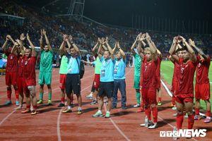 Không thắng được Thái Lan, Việt Nam rơi xuống hạng 99 thế giới
