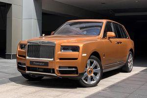 Rolls-Royce Cullinan bản 'màu nắng' cực độc tại Abu Dhabi