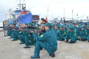 Chú trọng xây dựng lực lượng dân quân vững mạnh