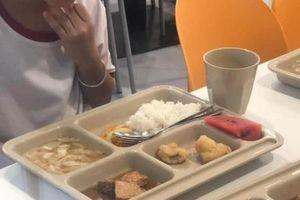Công ty Aden cung cấp suất ăn bị bớt xén ở Trường Quốc tế Việt Úc