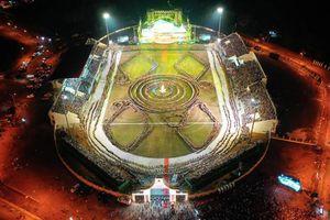 Ấn tượng màn đại xòe 5.000 người tham gia trong Lễ hội văn hóa du lịch Mường Lò