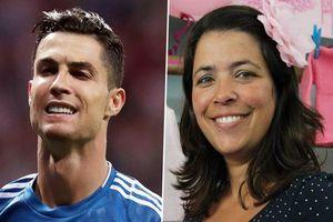 Ronaldo tìm 3 người phụ nữ cứu đói từ nhỏ để trả ơn