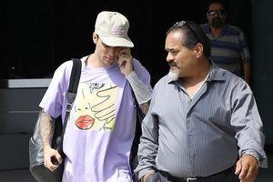 Justin Bieber điển trai ra phố sau khi thừa nhận từng nghiện ma túy