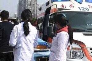 Xe tải lao vào chợ ở Trung Quốc, 10 người thiệt mạng