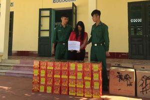Bắt giữ một phụ nữ mua gần 150 kg pháo về cho người thân đốt chơi tết