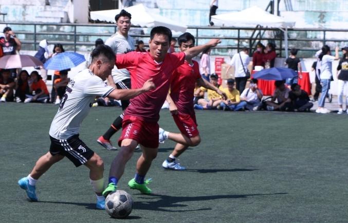 Gần 4.000 học sinh tham gia đại hội thể thao chào mừng 30 năm thành lập trường Lương Thế Vinh