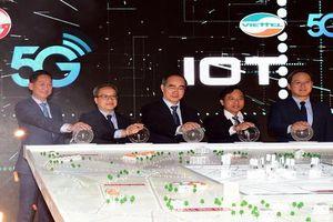 Phát sóng 5G tại TP.HCM, Viettel 'biểu diễn' nhiều ứng dụng trên nền 5G