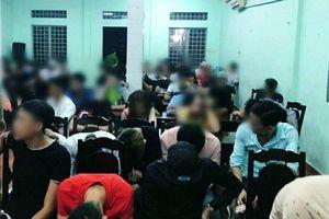 Hàng trăm đối tượng dương tính với ma túy trong quán bar sang nhất Biên Hòa