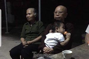 Lại thêm một cháu bé bị mẹ bỏ ở cổng chùa tại Nam Định