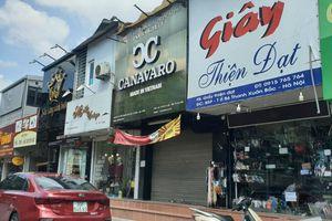 Phạt hành chính chủ shop giày dép đánh, đe dọa nữ sinh viên đến đòi lương