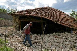 Động đất ở Albania mạnh kèm dư chấn gây thiệt hại nặng