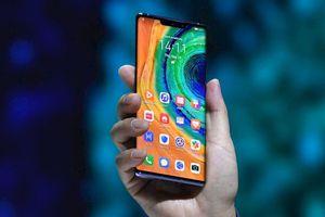 Samsung 'cà khịa' Huawei Mate 30 không có Google