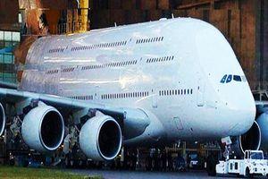 Chiêm ngưỡng 10 mẫu siêu máy bay vẫn còn tồn tại