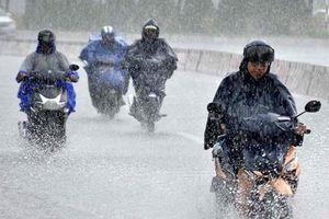 Sài Gòn mưa lớn, ô nhiễm không khí giảm