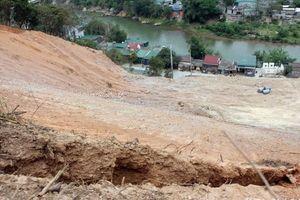 Xử lý sạt lở đất tại huyện Kỳ Sơn (Nghệ An)