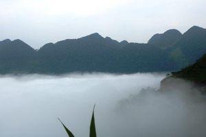 Ngắm 'biển mây' tại Cổng trời Quản Bạ ở Hà Giang