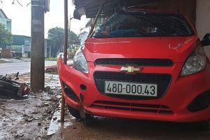 Một công an lái xe trong tình trạng có cồn tông chết người