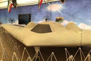 Iran trưng bày một loạt máy bay không người lái Mỹ bị bắn hạ
