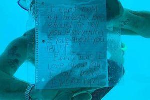 Lặn xuống nước cầu hôn bạn gái, du khách Mỹ chết đuối thương tâm